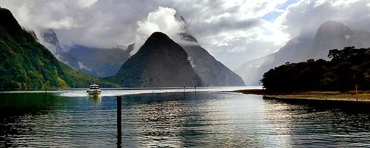 Les 2 îles, tour complet en camping-car