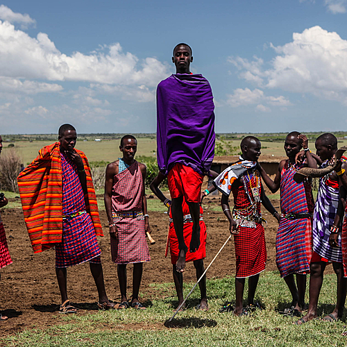 Rencontres Bushmen et Maasai - Arusha -