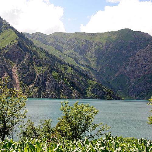 Pays incroyable: culture, nature et population locale - Bichkek -