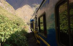Parfums des Andes, île de Suasi et train des Andes