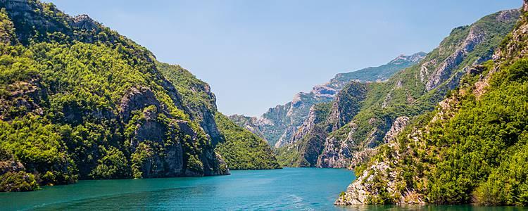 Trekking nelle più belle valli delle Alpi albanesi