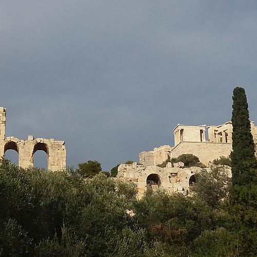 Renaissance spirituelle et intellectuelle à Delphes - Athènes -