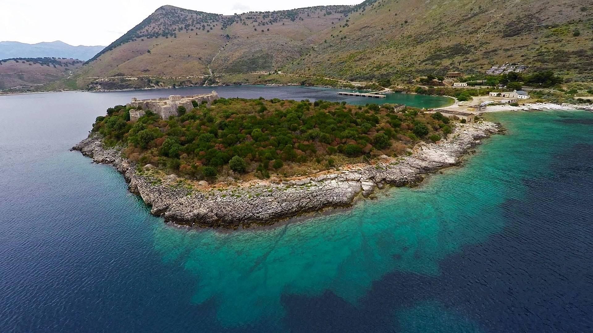 Le Monténégro en passant par la côté albanaise
