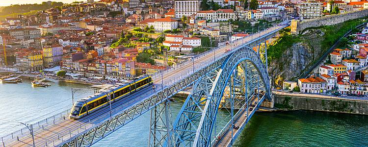 Guided trip Porto to Lisbon