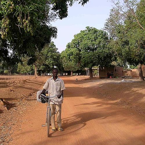 Peuples Lobi et Gourounsi et Safari à Nazinga -