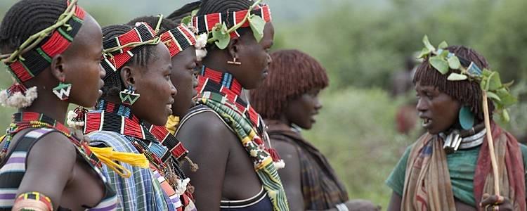 Tribus de l'Omo et les lacs de Langano