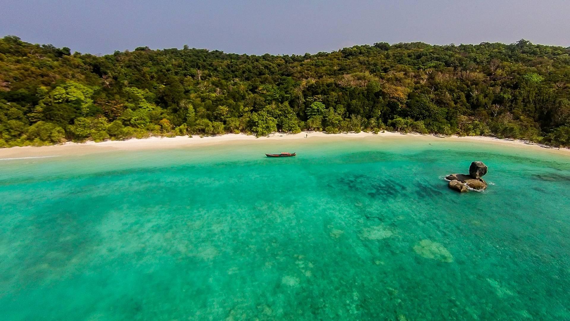 Entre nature et plages paradisiaques des Iles Mergui