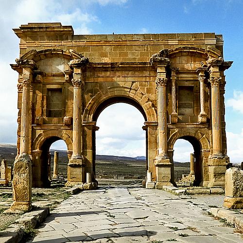 Les Villes Romaines d'Algérie - Alger -