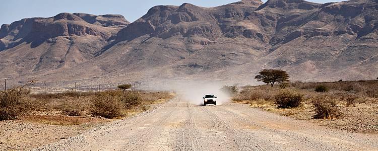 Mit dem Mietwagen durchs mannigfaltige Afrika