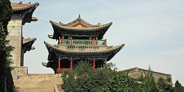 Montaña de la Pagoda Blanca en Lanzhou @flickr cc Richard Weil