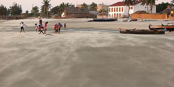 La playa de Morondava @Flickr cc Reibai