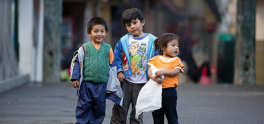 Bambini peruviani
