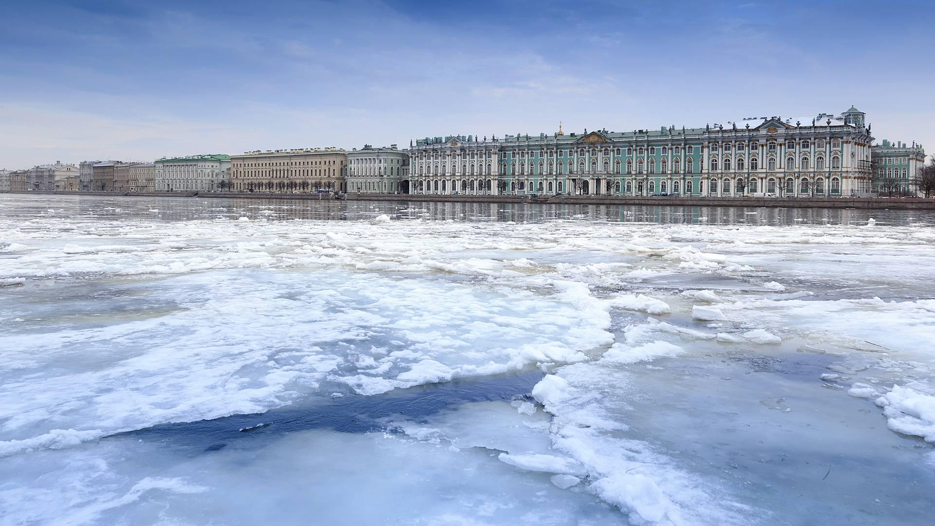 Saint-Pétersbourg authentique, en hiver
