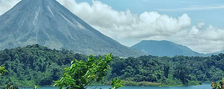 Wälder, Vulkane und Strände Costa Ricas