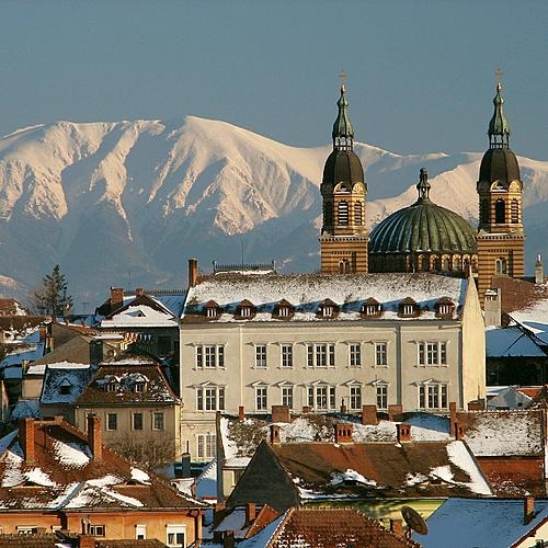 Bucarest et les villes saxonnes de Transylvanie -