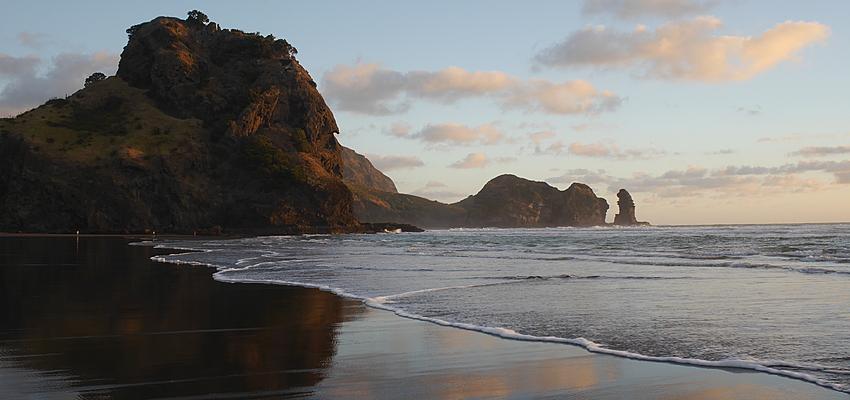 """Playa de Piha, lugar de rodaje de la película """"El Piano"""""""