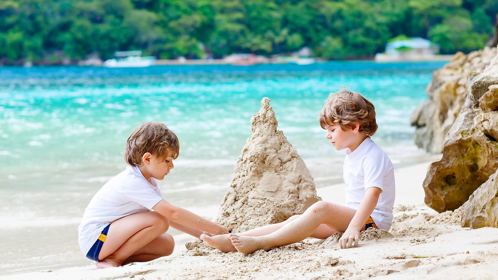 Karibischer Strandurlaub in Familie
