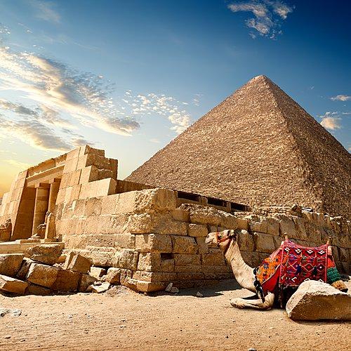 Les pyramides et le Nil en dahabieh -