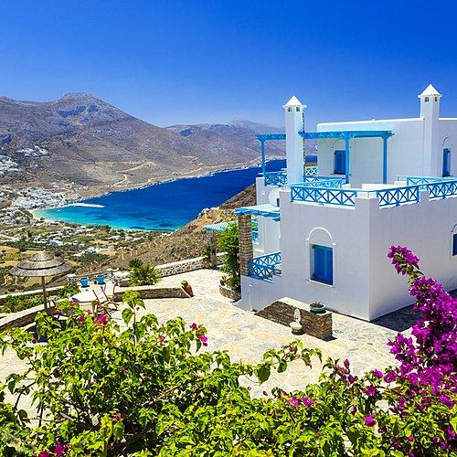 Yoga et découverte à Amorgos, l'île de la sérénité - Santorin -