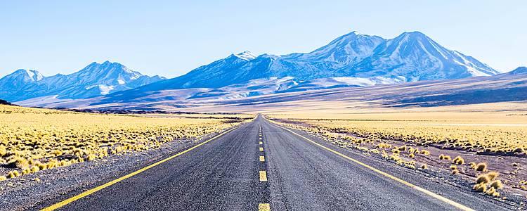 Fly and drive tra il Cile e l'Isola di Pasqua