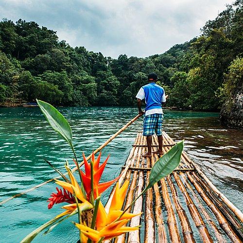 La terre de bois et d'eau en autotour - Montego Bay -
