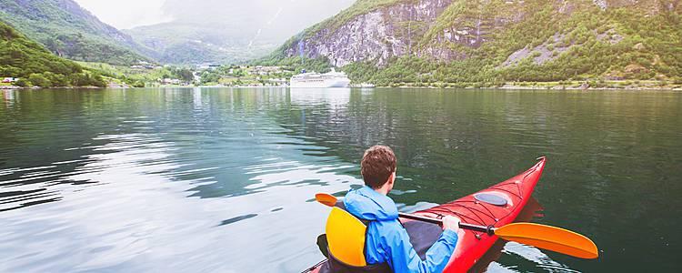 Wandern und Kayaking im unbekannten Norden