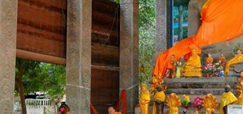 Pagoda cercana al templo de Bayon