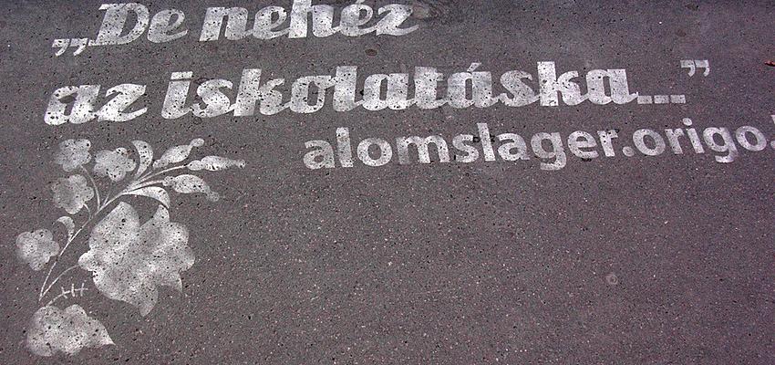 Frase en húngaro
