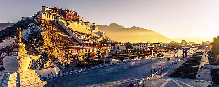 Panorami mozzafiato tra Tibet e Nepal