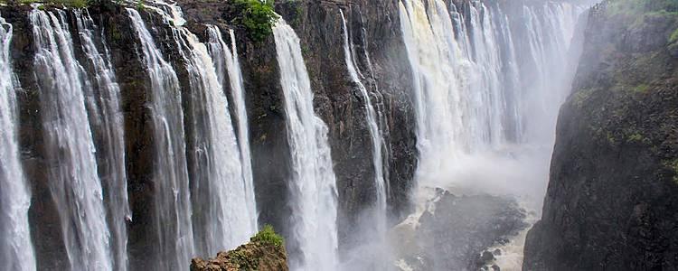 Victoria Falls et les parcs nationaux