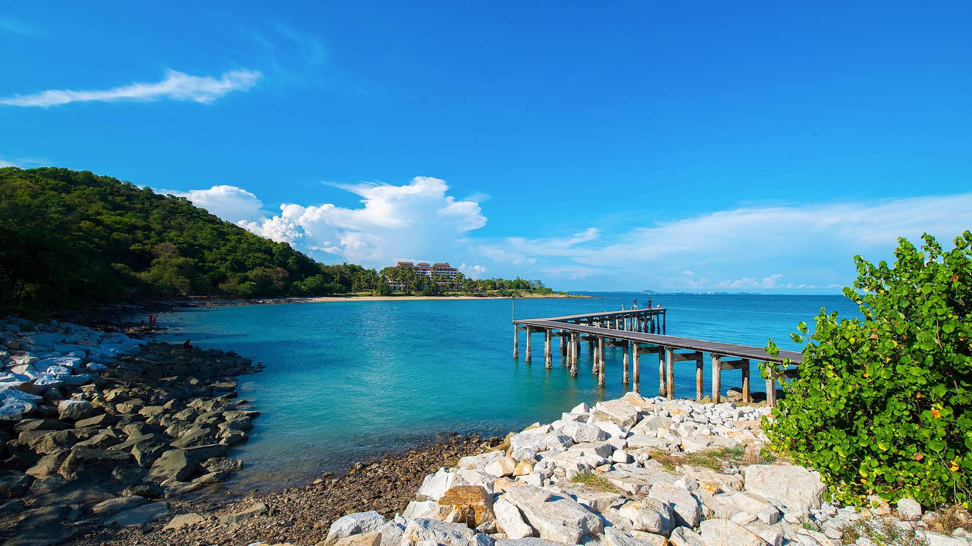 Vacanza estiva tra cultura, avventura e l'isola incantevole di Samui