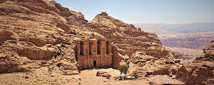 De Petra à la ville sainte