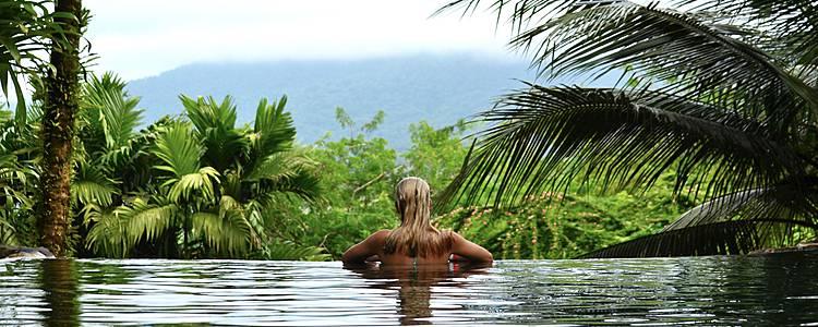 Abenteuer und Wellness im Paradies
