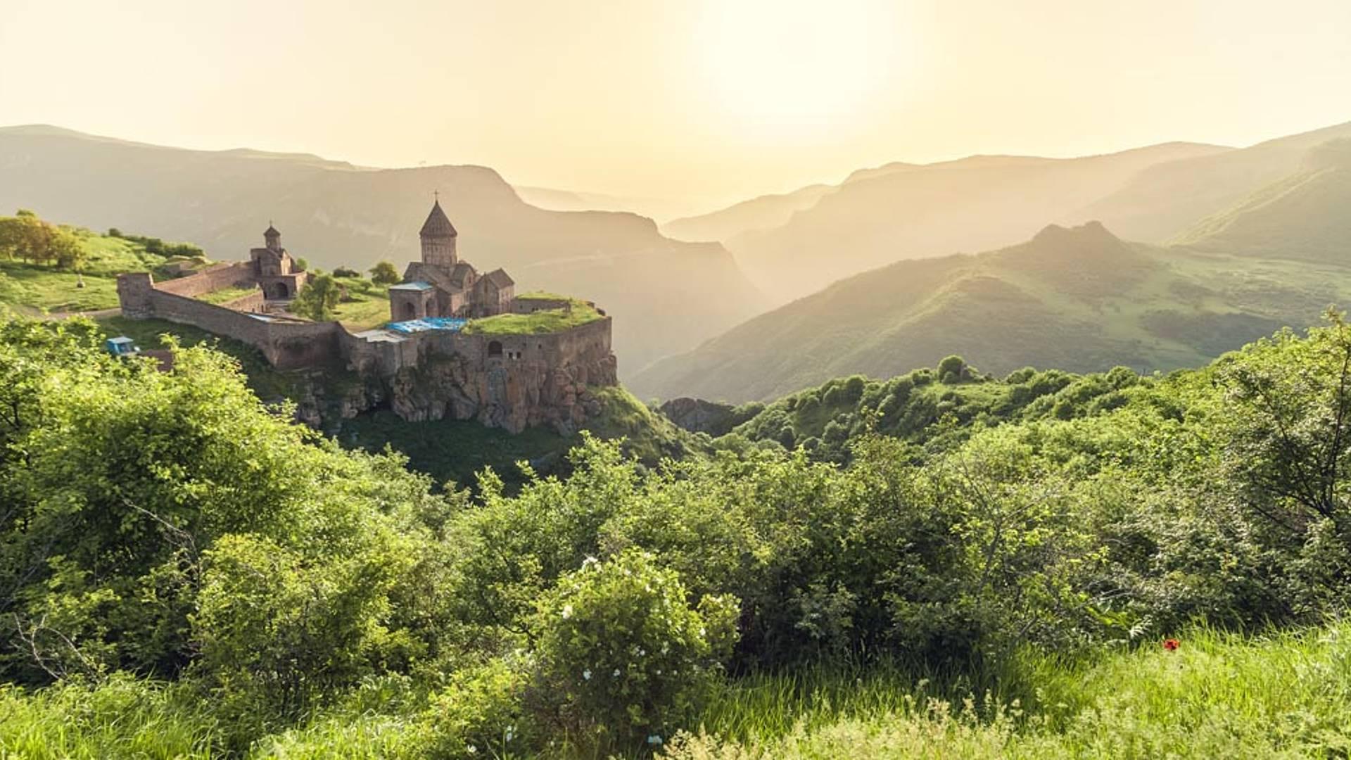 Auf eigene Faust Armenien erkunden