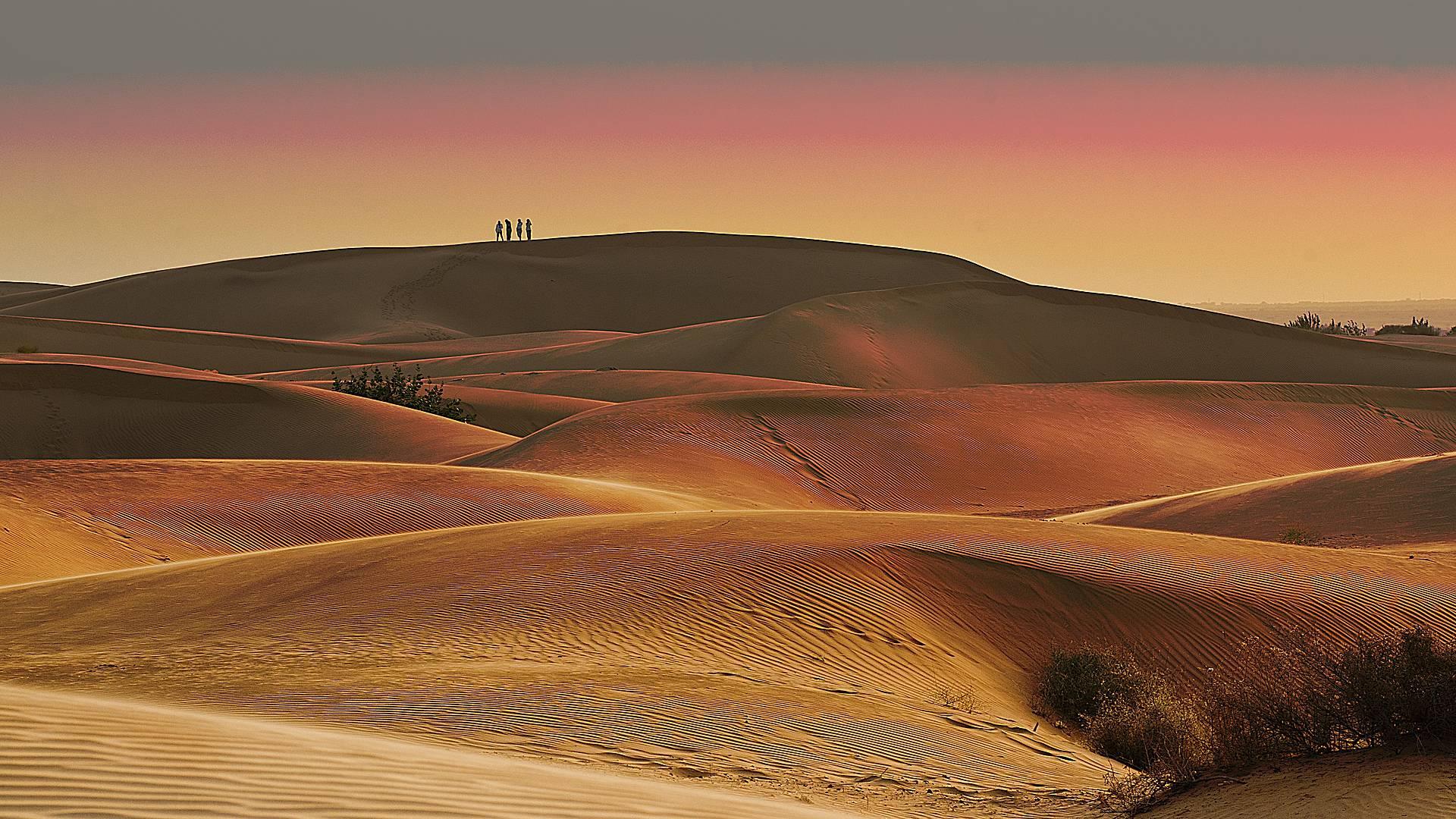 Fortalezas, palacios y desiertos de ensueño en Semana Santa