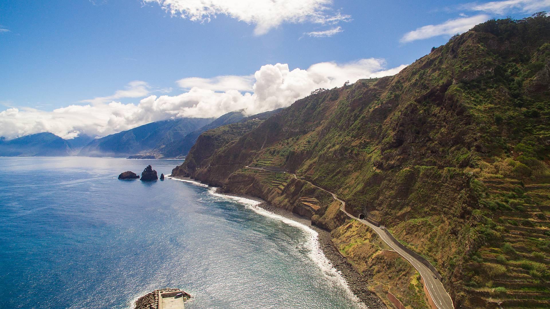 Die Insel mit dem Auto entdecken