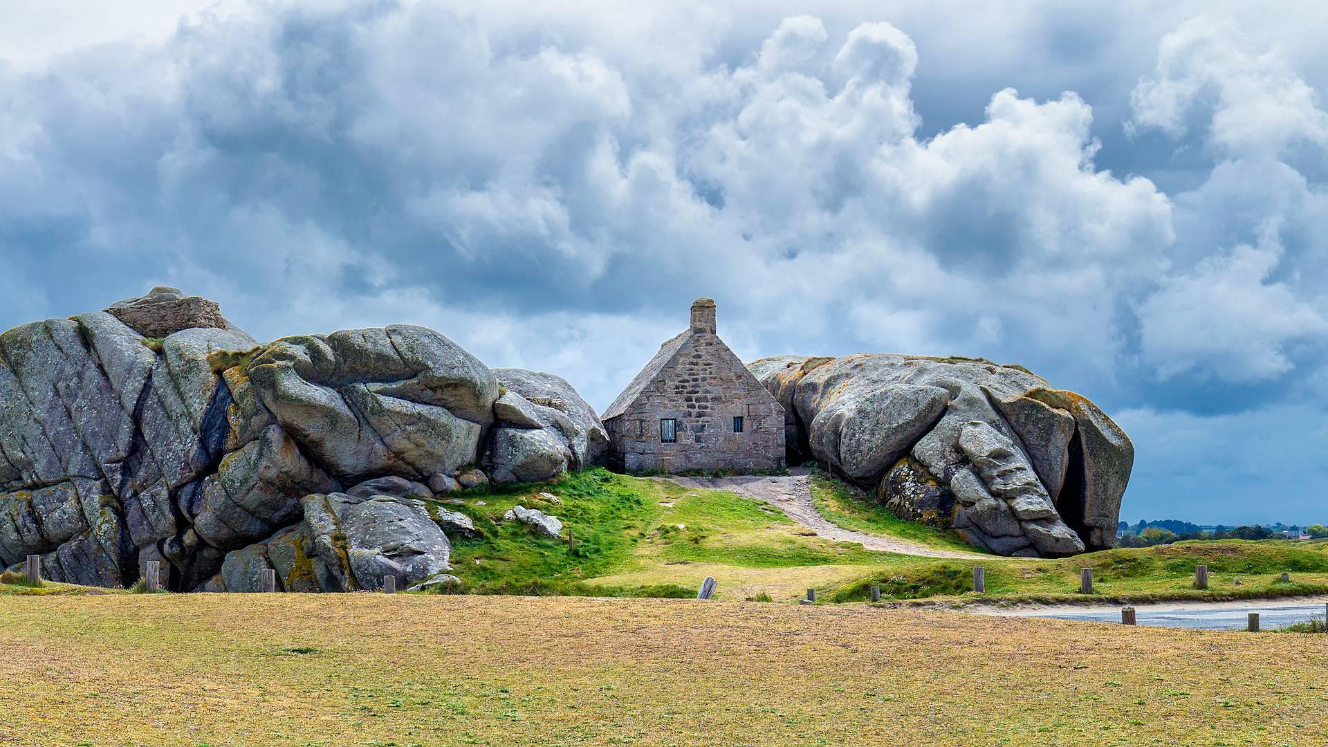 Bretagne: Wilde Küsten und bewegte Geschichte