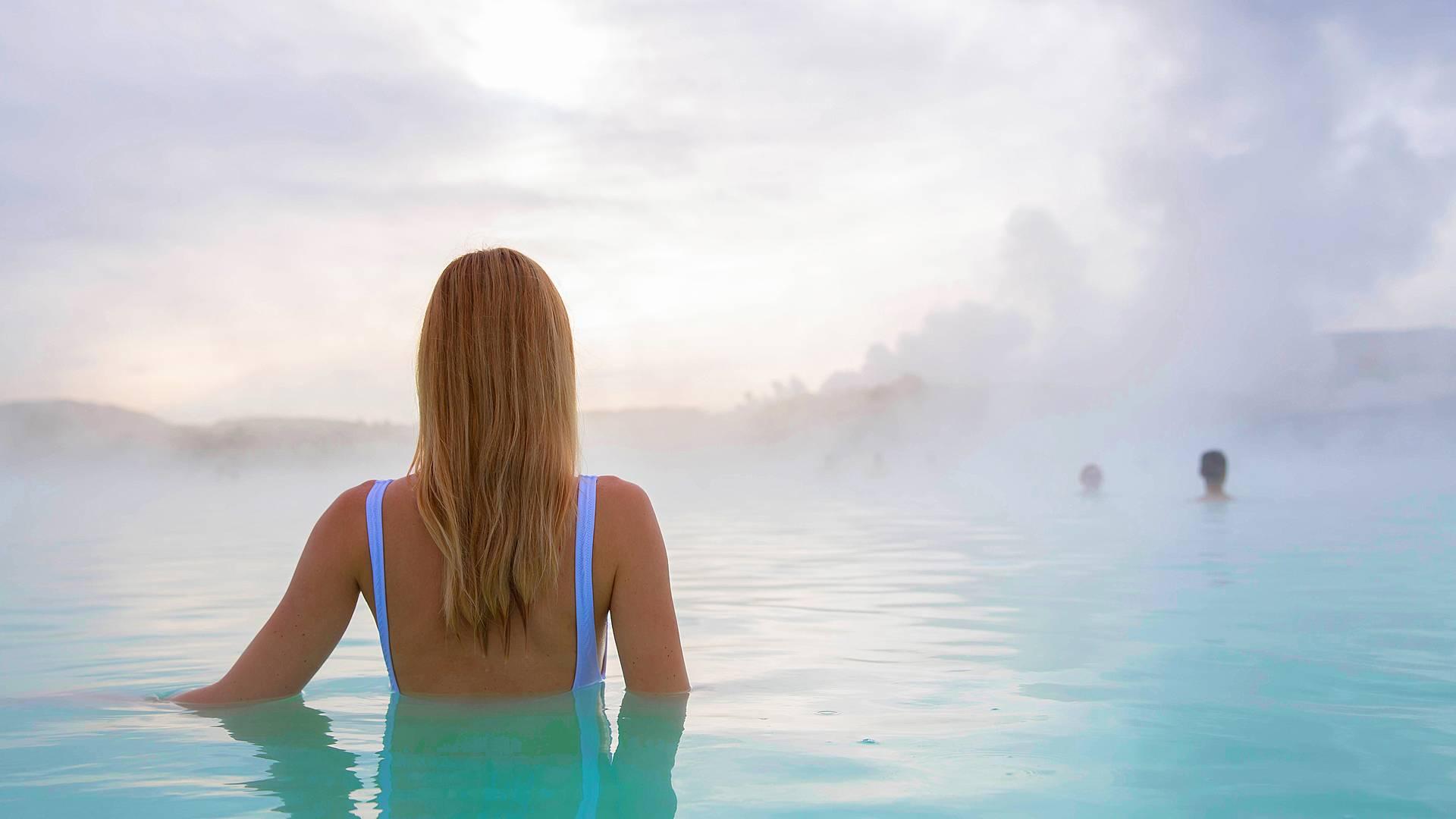 Un recorrido por Islandia y sus piscinas geotermales