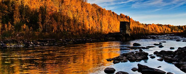 Trekking und Angeln im Herbst - Lappland und Helsinki