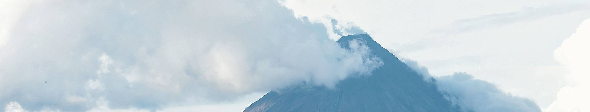 Volcano tours in Costa Rica