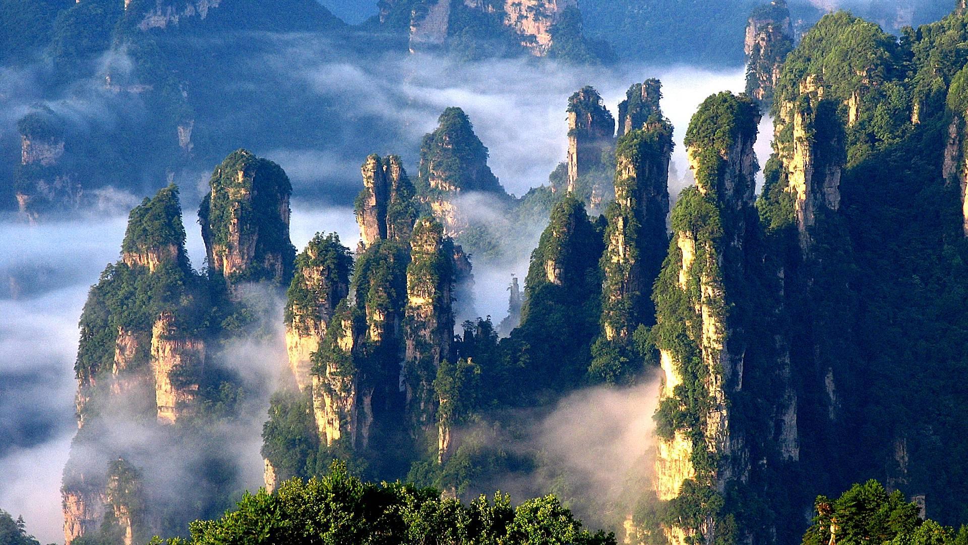 Wanderung im Avatar-Märchenland Zhangjiajie