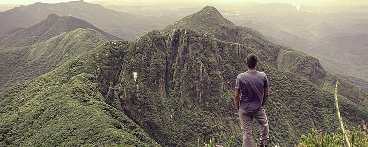 Trekking entre montañas y biking por la Costa del Cacao
