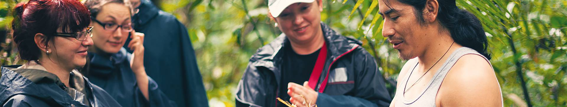 Equateur avec un guide