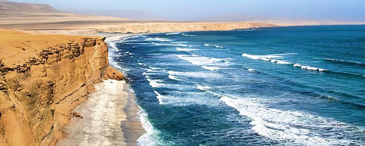 Recorre el litoral andino y sus islas
