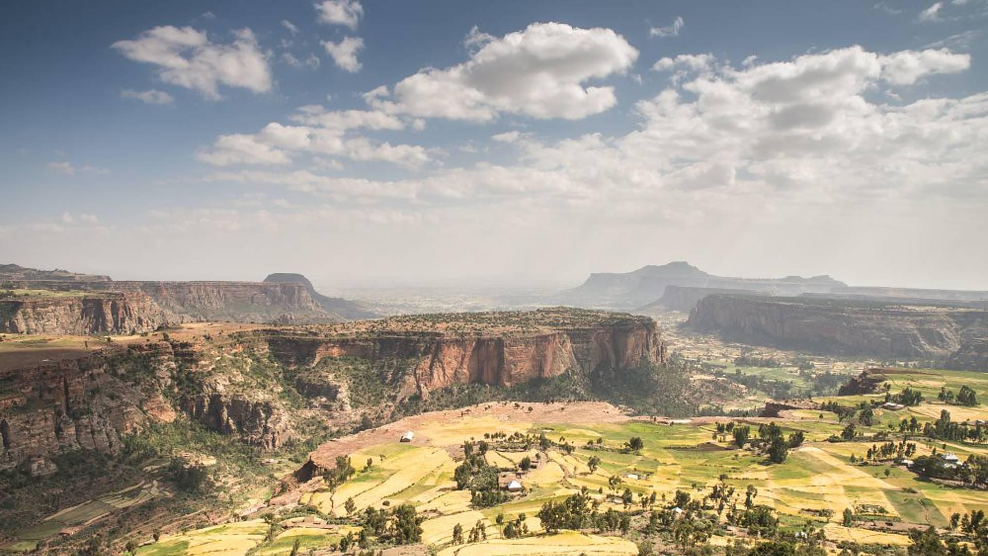 Felsenkirchen Äthiopiens und Danakilwüste aktiv erleben