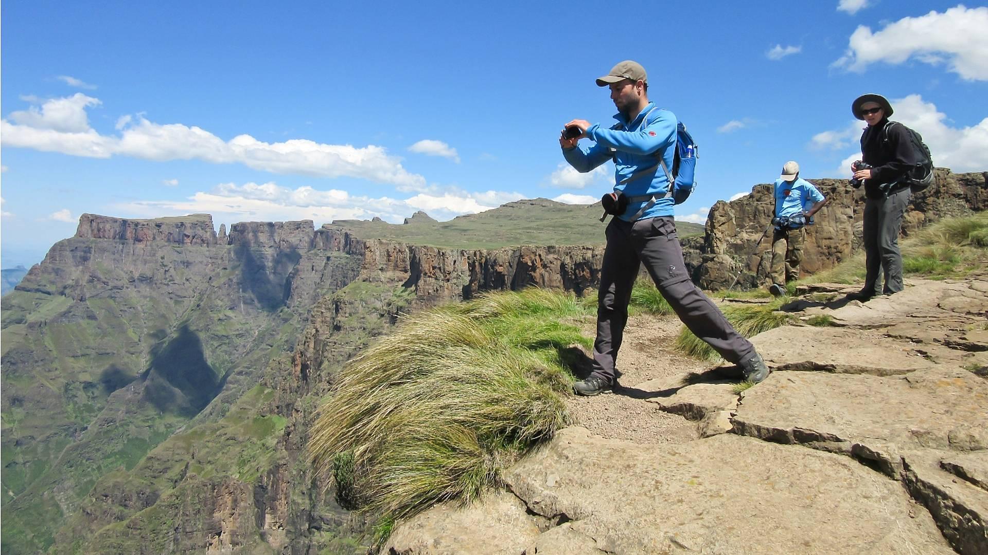 Gruppenreise: Safariwanderungen durch atemberaubende Landschaften