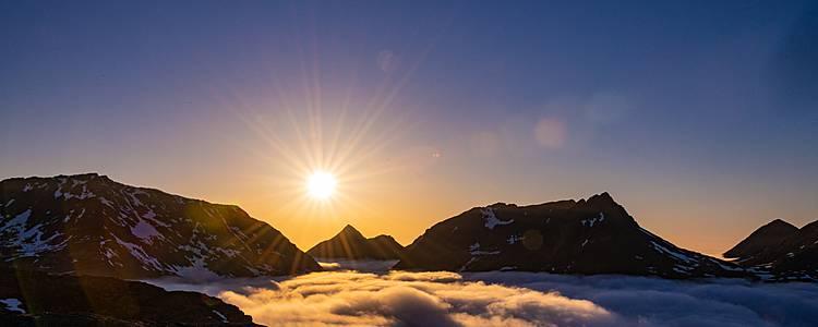 Viaggia alla scoperta delle isole Lofoten e della bellezza della Lapponia