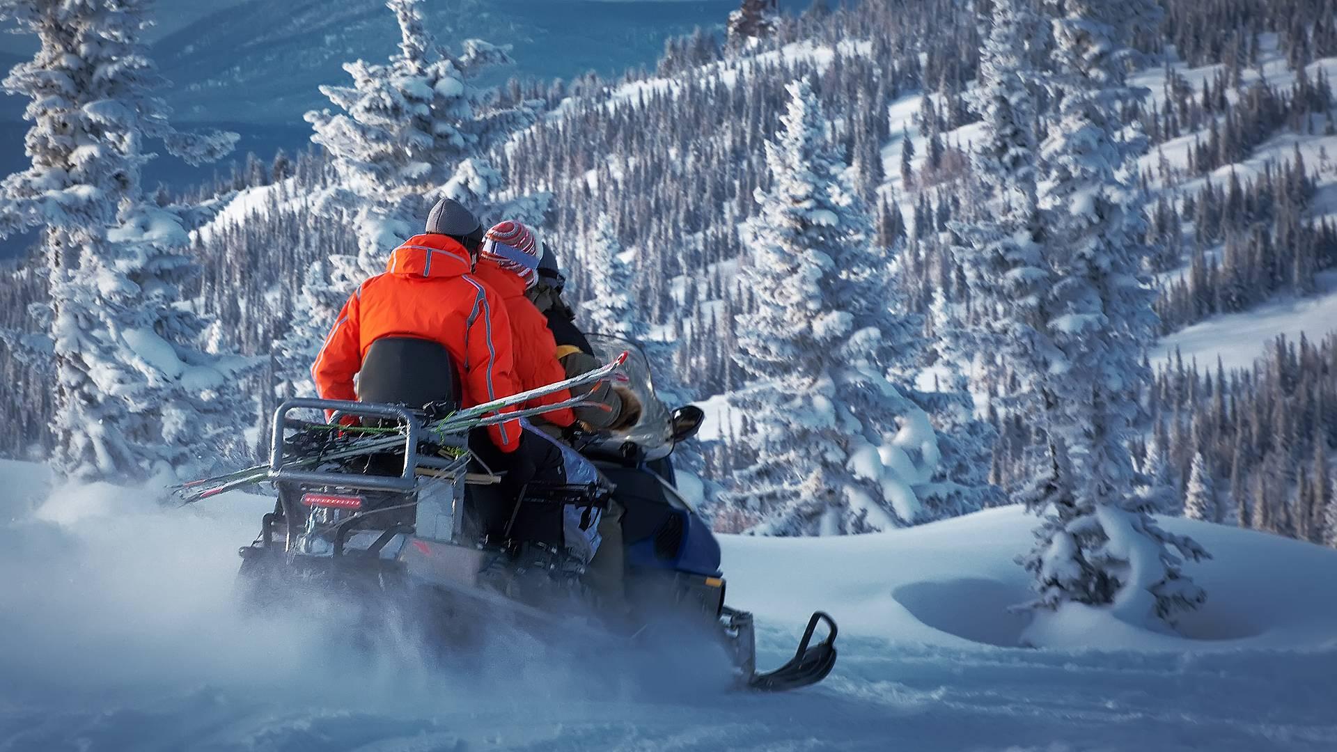 Weekend di avventura e relax tra la neve e l'aurora boreale
