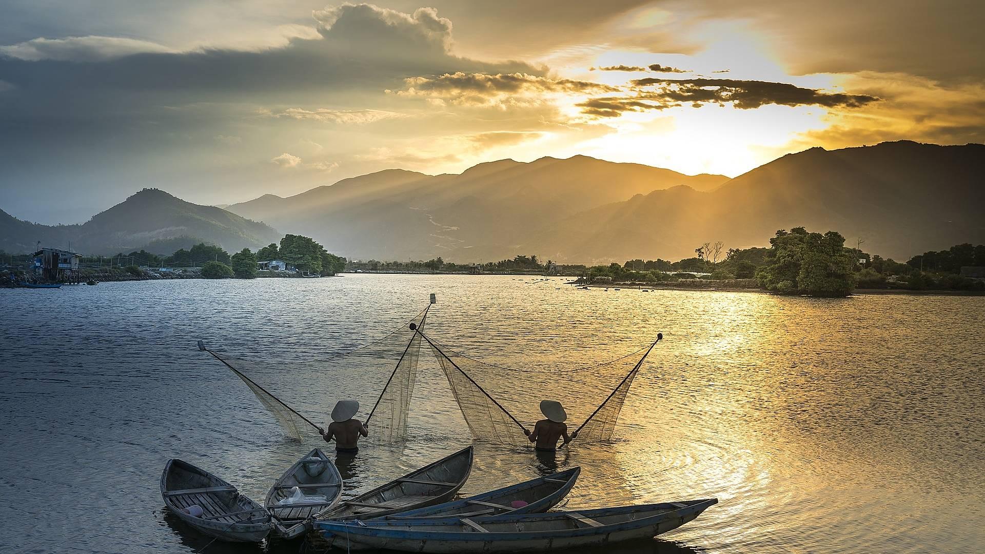 L'affascinante cultura locale e crociera sul fiume