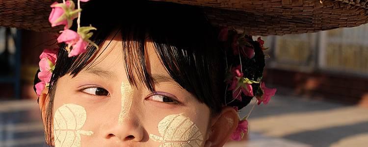 Trekking tra i villaggi delle tribù e i tesori della terra d'Oro